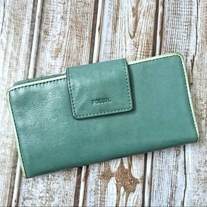 Fossil Emma Tab Clutch Wallet
